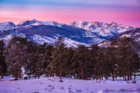January,Winter,Glow,Sunrise,Continental Divide,Flattop Mountain,Hallett Peak,Gabletop,Little Matterhorn,Notchtop Mountain,Colorado,RMNP,Estes Park,Rocky Mountain National Park,Landscape,Photography