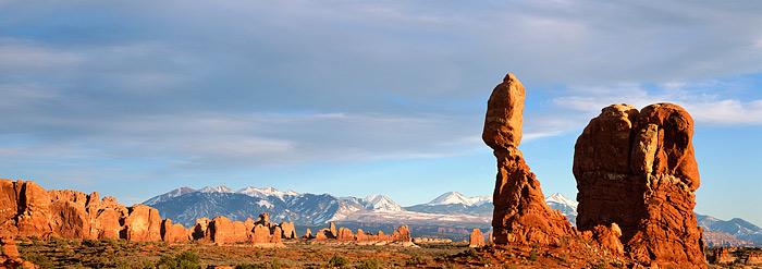 Arches National Park, Utah, Moab, Balanced Rock, La Sal Mountains, photo