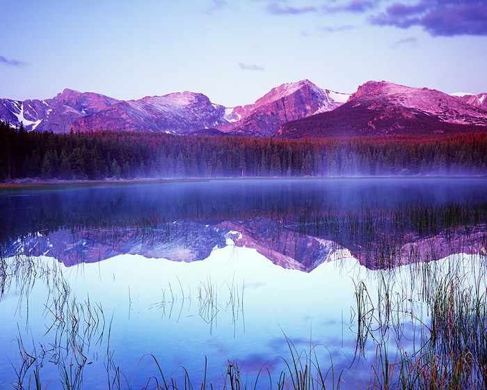 Rocky Mountain National Park, Colorado, Bierstadt Lake, Hallet Peak, snow, photo