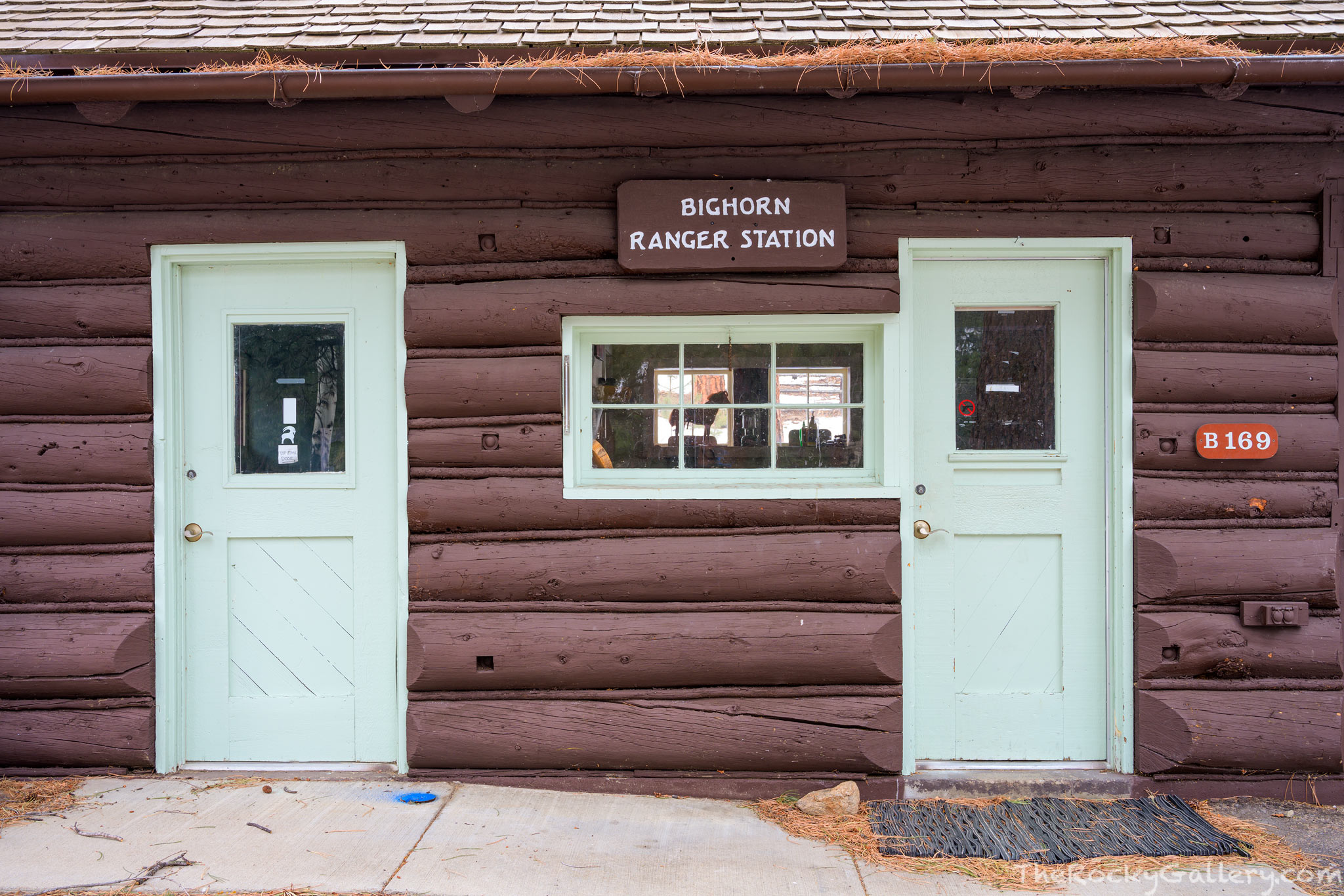 Bighorn Ranger Station,Fall River Entrance Historic District,Fall River,Fall River Road,Rustic,Estes Park,Colorado,RMNP,Rocky Mountain National Park,Landscape,Photography,January,Doors,National Park S, photo