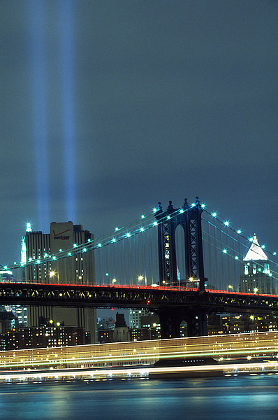 New York City, East River, Manhattan, World Trade Center, Tribute, photo