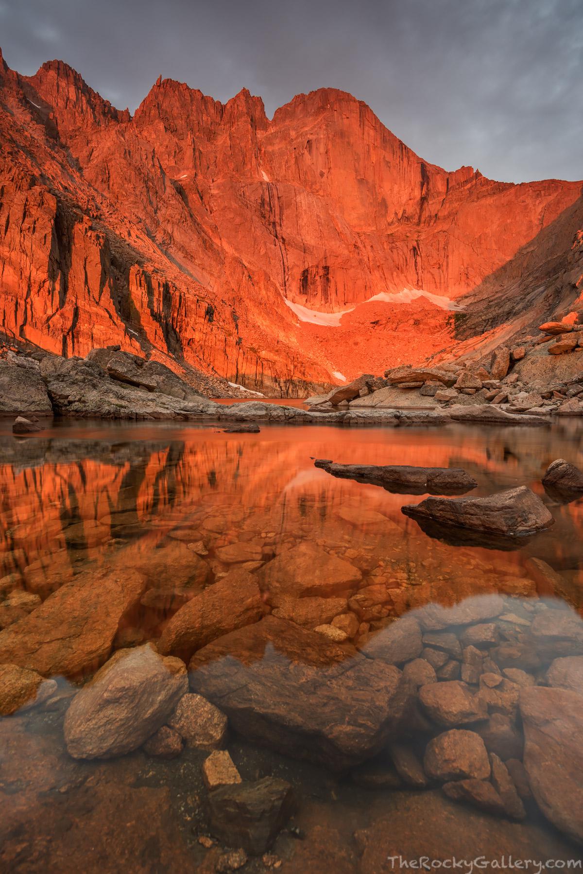 Longs Peak,14,259ft,14er,Chasm Lake,sunrise,landscape,photography,RMNP,Rocky Mountain National Park,Colorado,The Diamond,Longs Peak Trailhead,Estes Park,icon , photo