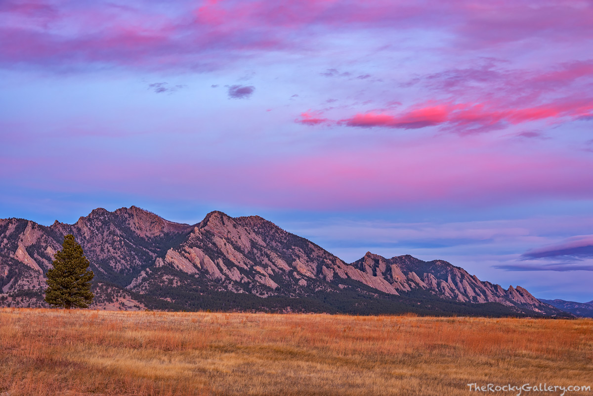 Flatirons Vista,The Flatirons,Boulder,Colorado,South,November,Sunrise,OSMP,Open Space and Mountain Parks,Landscape,Photography,Sunrise,Fall,Autumn,trailhead, photo