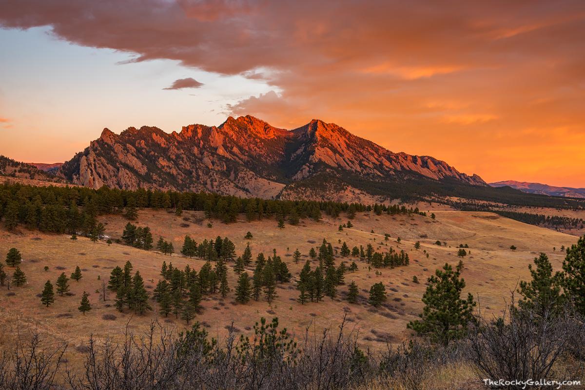The Flatirons,Boulder,Colorado,Sunrise,November,Flatirons Vista,Open Space and Mountain Parks,OSMP,Landscape,Photography, photo