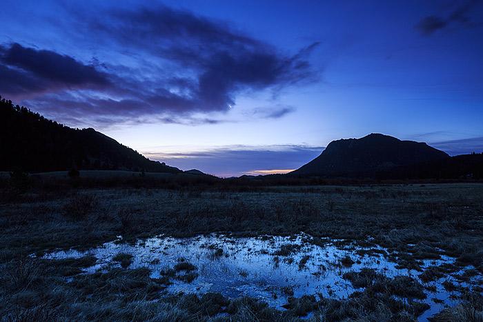 rmnp,Rocky Mountain National Park,Colorado,Horseshoe Park,Deer Mountain,Sunrise,Blue,fall river,landscape,moon , photo