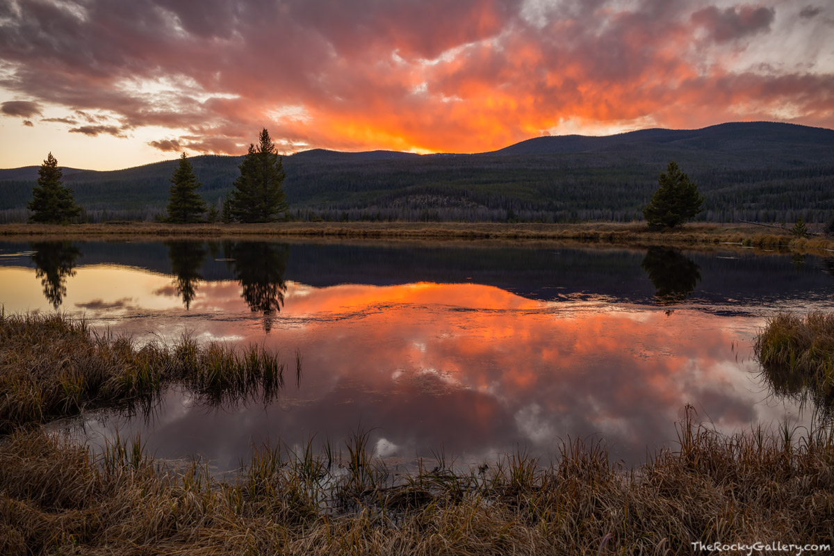 Kawuneeche Valley,Never Summer Mountains,West Side,Grand Lake,Sunset,RMNP,Colorado,Rocky Mountain National Park,Landscape,Photography,October,Autumn,Fall , photo