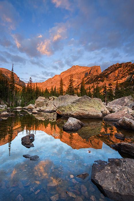 Rocky Mountain National Park, Colorado, Lake Haiyaha, Hallet Peak, photo