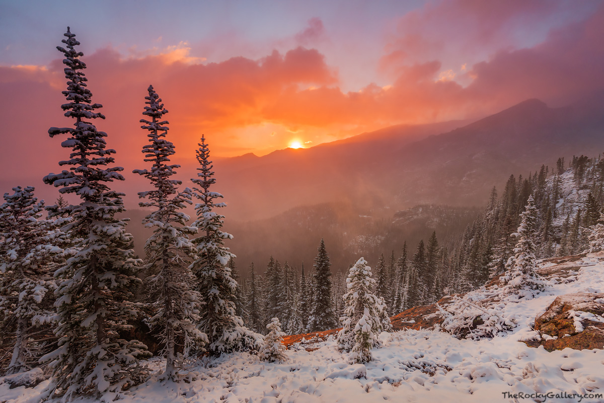 Lake Haiyaha,Bear Lake Road,Bear Lake Trailhead,Sunrise,Landscape,RMNP,Colorado,Rocky Mountain National Park,September,Snow,winter,fall,autumn,trailhead, photo
