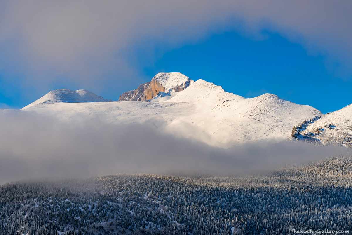 Longs Peak,Snow,April,Spring,Snowstorm,Fog,Bear Lake Road,Bierstadt Moraine,RMNP,Estes Park,Colorado,Rocky Mountain National Park,Landscape,Photography,The Diamond, photo