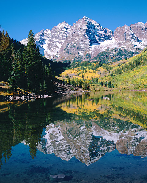 Maroon Bells, Maroon Lake, Aspen, Fall Color, White River National Forrest, photo