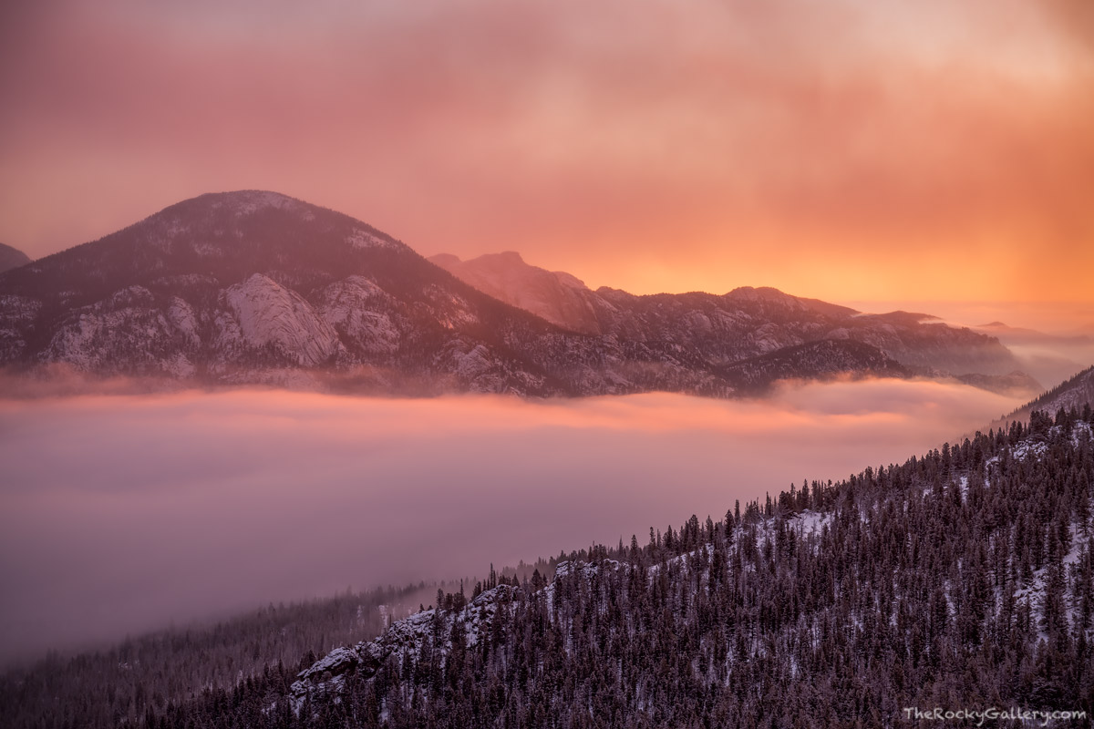 RMNP,Horsehoe Park,McGregor Mountain,Lumpy Ridge,Inversion,February,Winter,Estes Park,Fall River,Trail Ridge Road,Sunrise,Photography,Landscape,fog,Many Parks Curve, photo