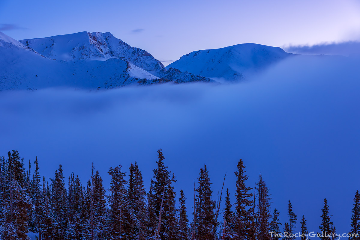 Mummy Range,Fairchild Mountain,Ypsilon Mountain,Fog,Inversion,May,Trail Ridge Road,Rainbow Cruve,Snow,Blue,RMNP,Estes Park,Landscape,Photography,Predawn,Colorado,Rocky Mountain National Park, photo