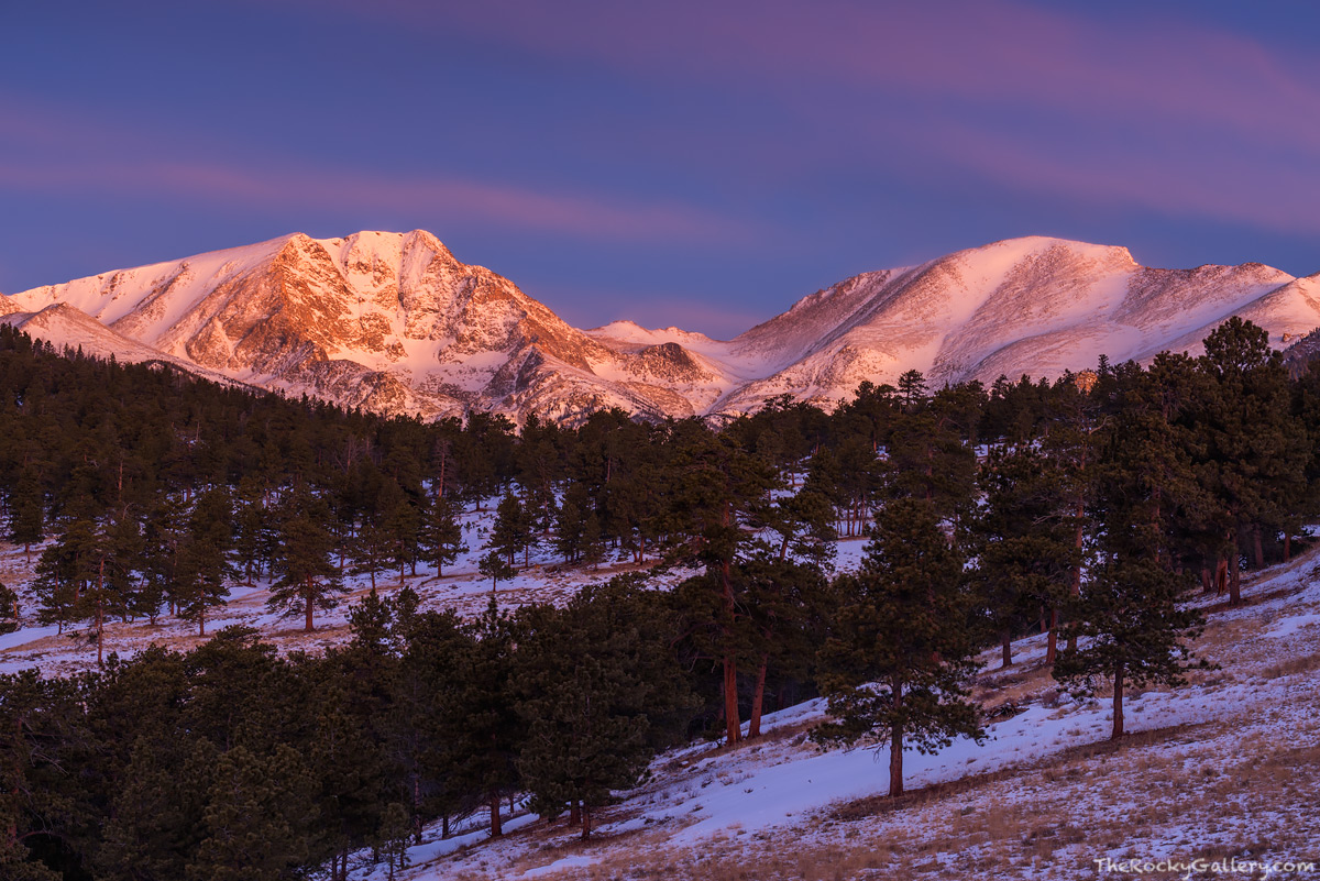 Mummy Range,Ypsilon Mountain,Fairchild Mountain,Trail Ridge Road,Estes Park,RMNP,Colorado,Rocky Mountain National Park,Landscape,Photography,Sunrise,January , photo