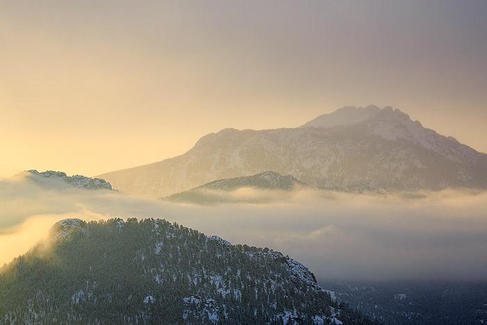 Twin Sisters, Longs Peak,Trail Ridge Road,Sunrise,Winter,Rocky Mountain National Park,Colorado,Estes Park, photo